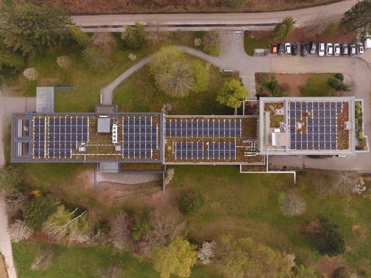 Solaranlage auf Gründach Filderstadt